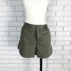 🦄Banana Republic Women's Olive Shorts